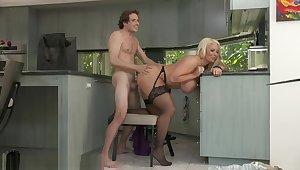 Alura TNT Jenson seduces her big problem join up