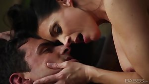 Sensual copulation with lovely MILF India Summer