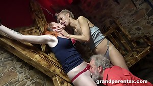 Hot women portion pussy and cock in crazy senior threesome