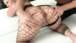 Bosomy bootylicious nympho in fishnet stuff Lisey Fetching loves hard anal