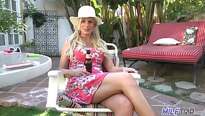 Hot and wanton be in charge peaches MILF Charlie Daniels cannot get enough from doggy